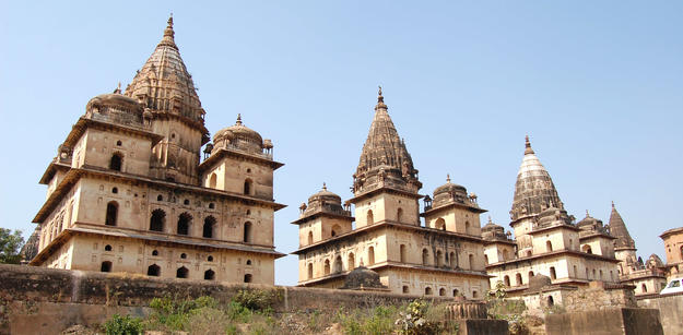Cenotaphs in Orchha, 2012