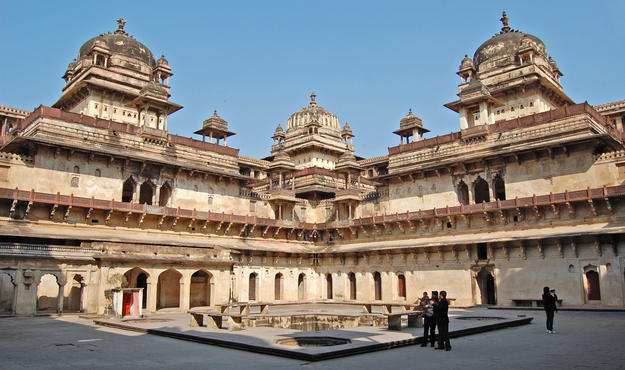 The courtyard of Jehangir Mahal in Orchha, 2012