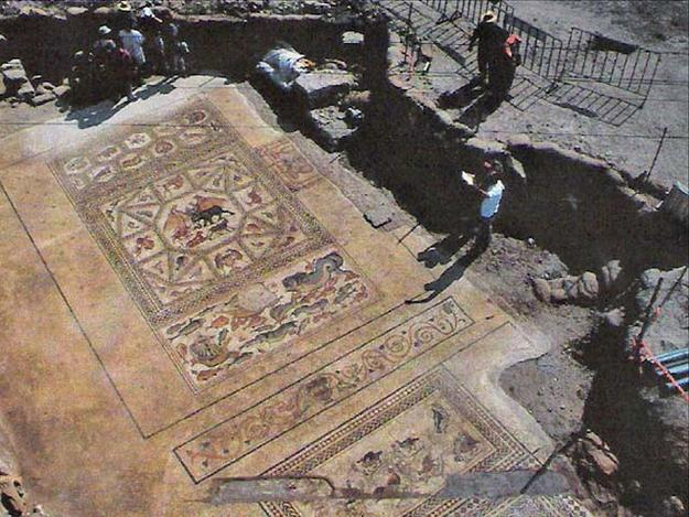 The Roman Lod mosaic in the year of its discovery, 1996