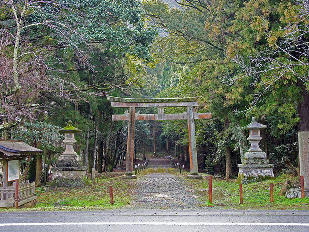 Sanro-den of Sukunahikona Shrine