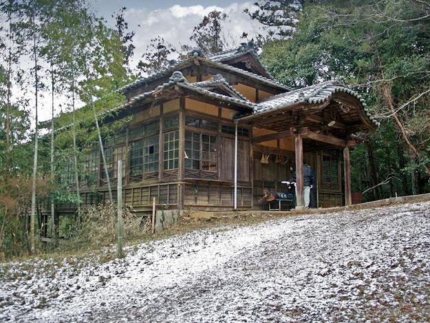 Sanro-den of Sukunahikona Shrine