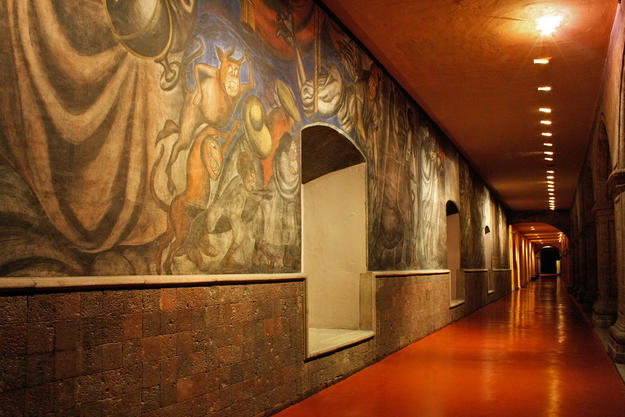 View of a first floor corridor in the Antiguo Colegio de San Ildefonso, 2010