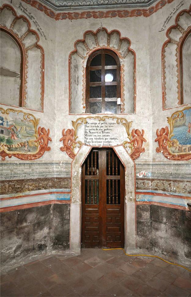 Camerin de la Virgen de Loreto before conservation, 2009