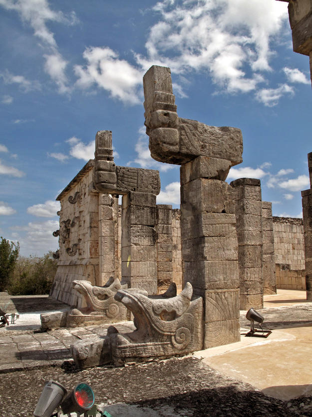 Templo de los Guerreros (Temple of the Warriors) at Chichen Itza, 2009