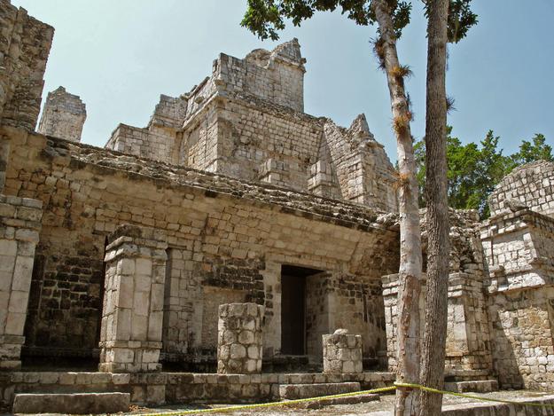 Façade of the palace at Santa Rosa Xtampak, 2009