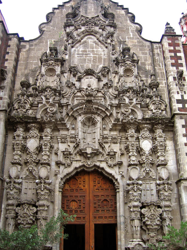 Entrance to the Church of San Francisco, 2007