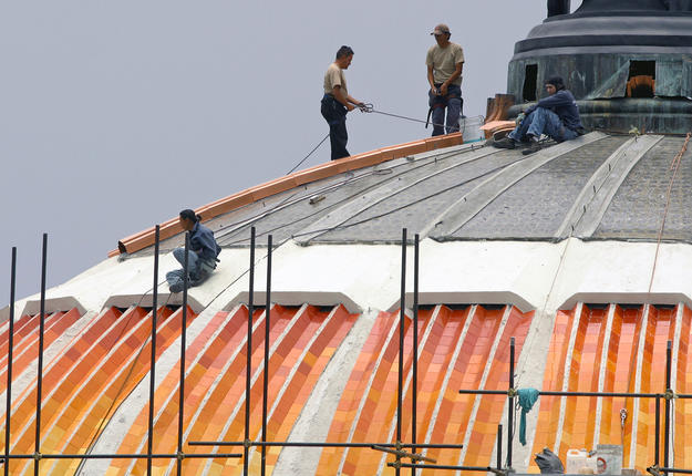 Roof of the Palace of Fine Arts during conservation, 2004