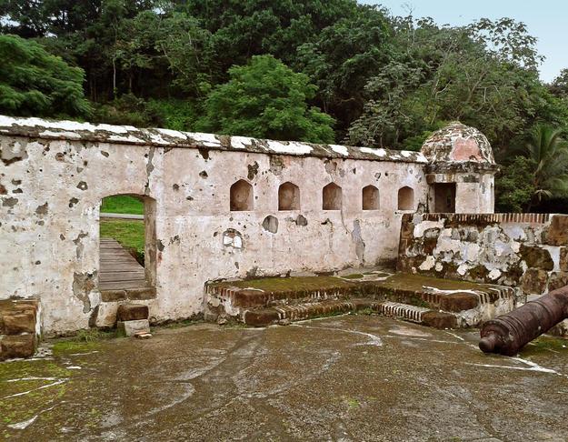 View of Castillo Santiago de la Gloria, one of the last ones built at Portobelo, 2015