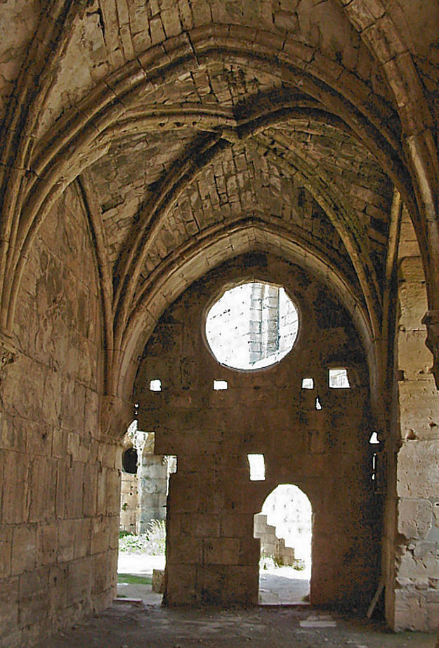 Interior of the Crac des Chevaliers , 2004