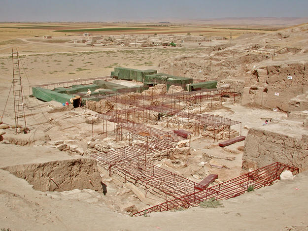 The site with protective structures and scaffolding in place, 2003