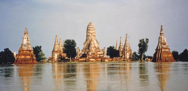 Prang (reliquary towers), 1996