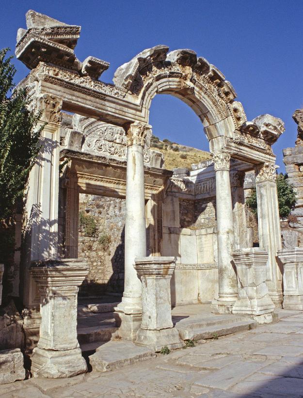 Temple of Hadrian, 2003