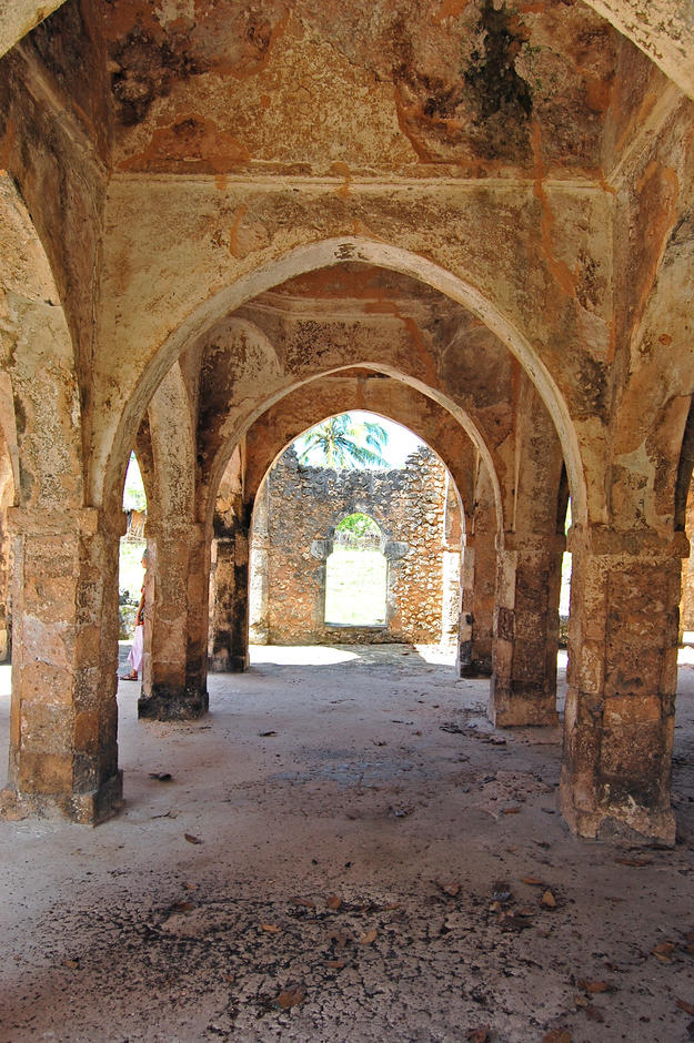 View through the arches of the Great Mosque , 2011