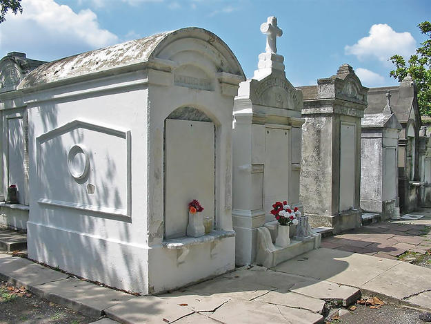 Tombs of Lafayette Cemetery No. 1, 2004