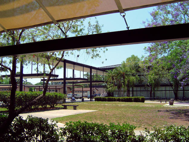 Courtyard of the Riverview High School, 2006