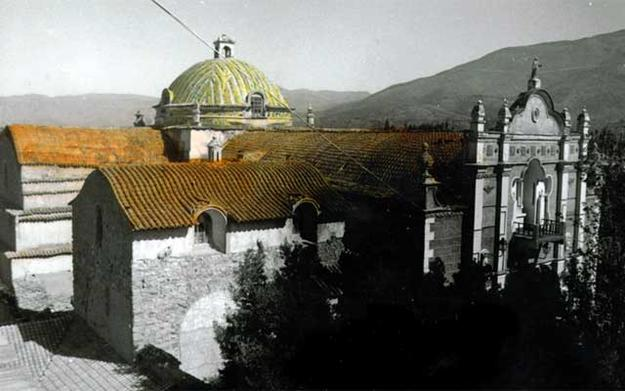 Arani and Callapa Churches