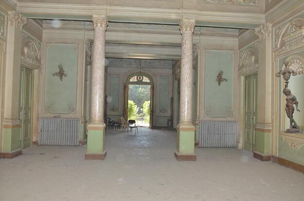 Inside Alexan Palace, 2019.