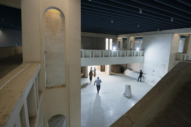 Entrance Hall of the Mosul Cultural Museum seen from the mezzanine, September 2021. Photo credit: Ali Al-Baroodi and Moyasser Naseer.