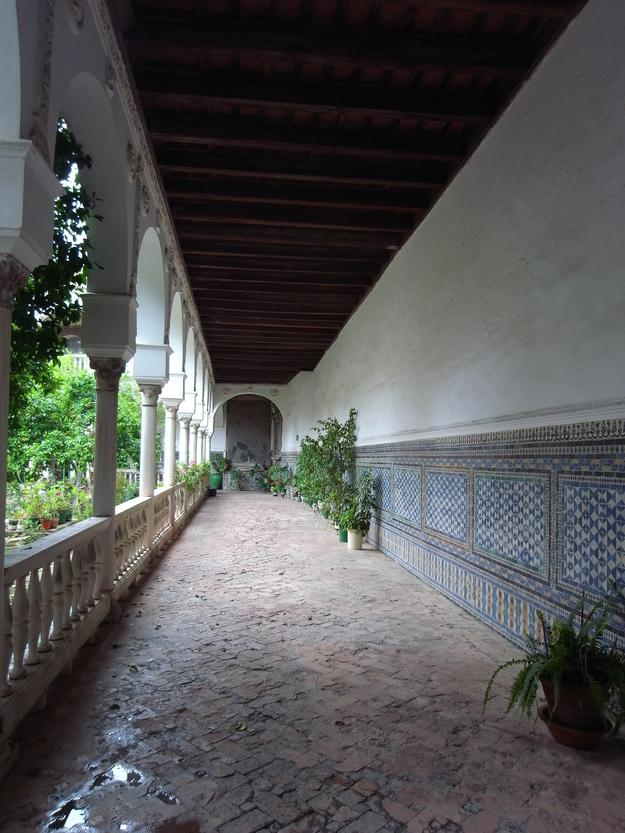 Convent of Santa Inés, view of the decorated cloister halls, 2016