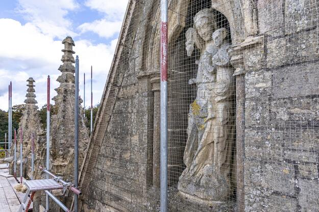 Stone statues of Newstead Abbey during conservation, 2019, photograph by Andy Marshall