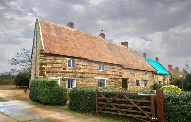 Manor Cottage with newly installed thatch, 2015