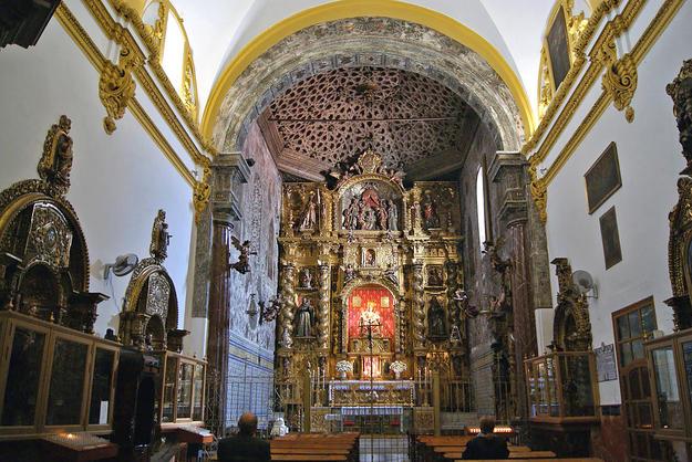Main altar of the Monastery of Santa María de Jesús, 2014