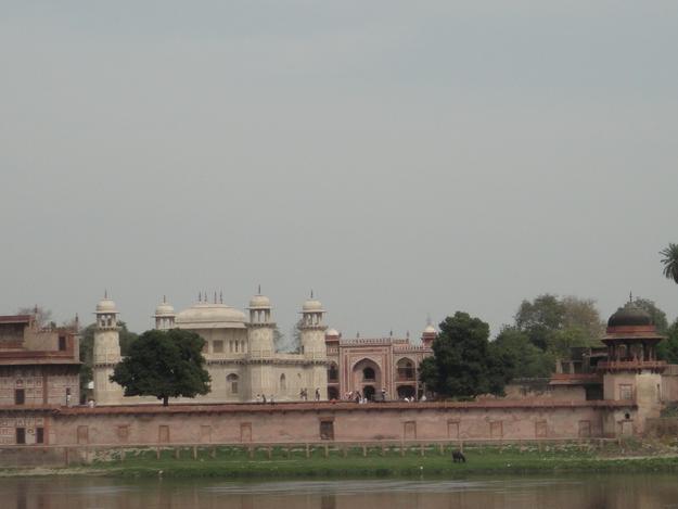 Before restoration of the riverside elevation, taken when the riverfront cells were still sealed
