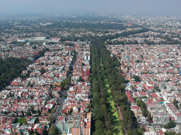 Aerial view of the Canal Nacional towards the west, 2018.