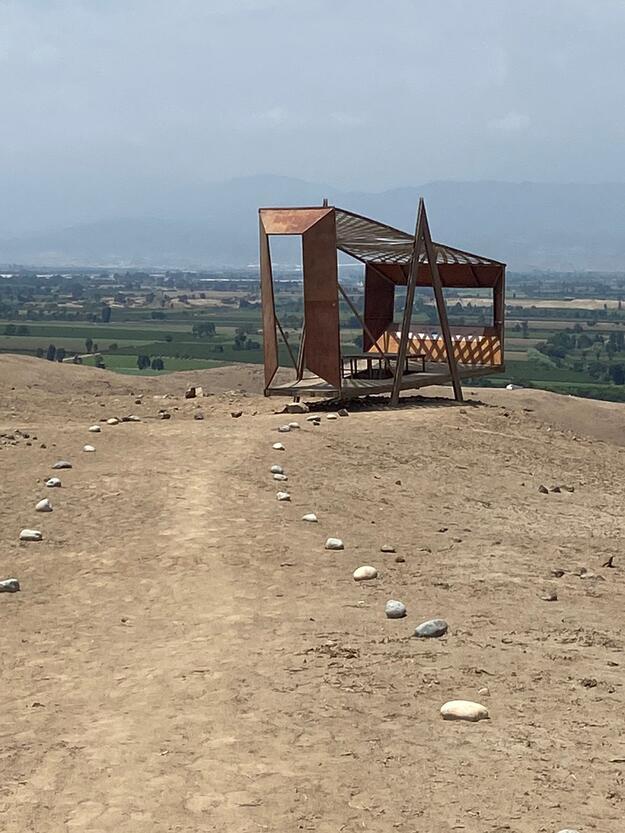 Pathway to a viewpoint at Cerro de Oro, 2020.