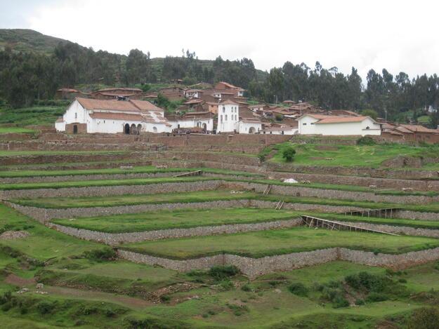 View of the plaza of Chinchero, 2017.