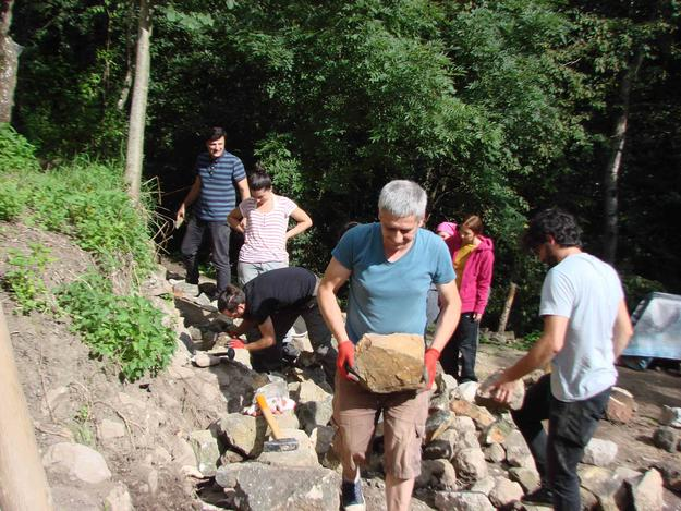 Dry stone masonry workshop during Heritage Week, 2016