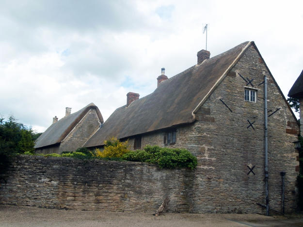 A new thatched roof now covers the Manor Cottage and Kiln Farmhouse at Sulgrave Manor, 2016