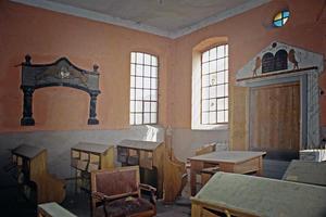 Interior, May-95