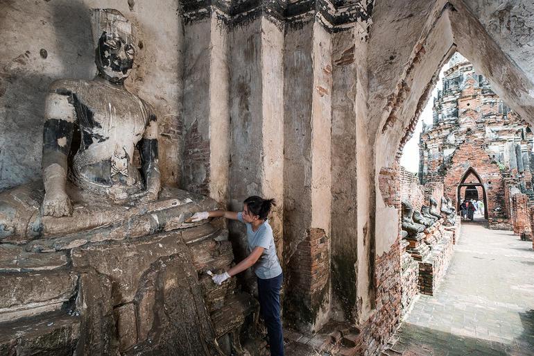 Nuttida (Khun Nan) Vanichayalai works in meru C4.