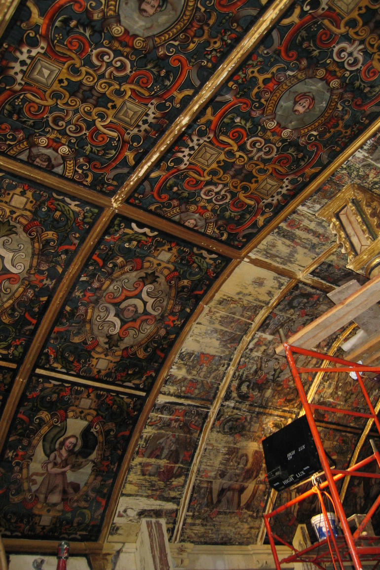 The astonishing coffered ceiling of the Apostle Santiago Church in Nurio, during conservation.