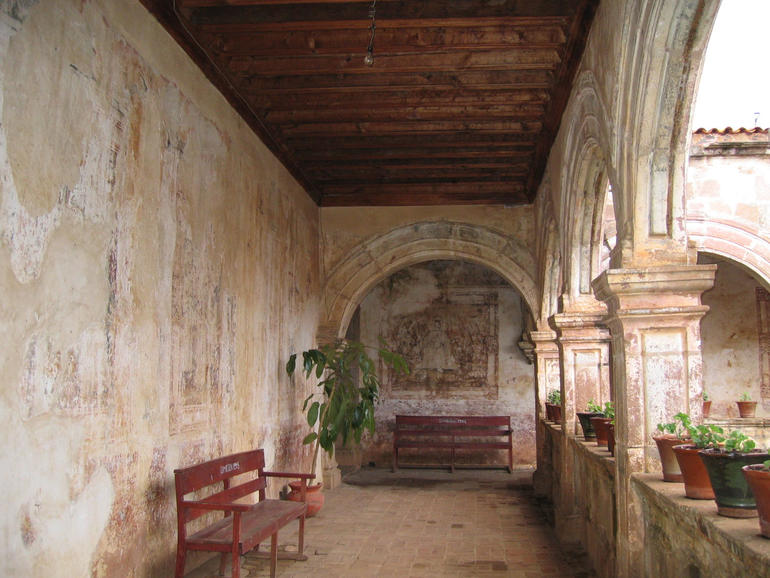 The cloister at San Francisco Convent in Tzintzuntzan, before conservation.