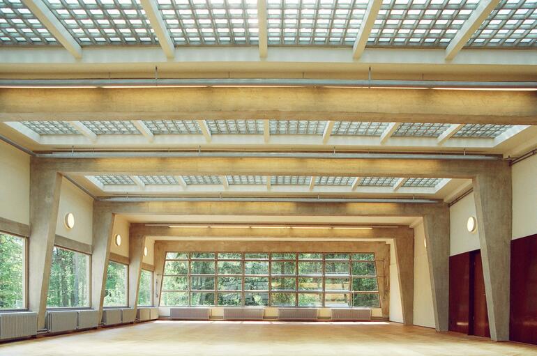 Dining hall, ADGB Trade Union School in Bernau, Germany