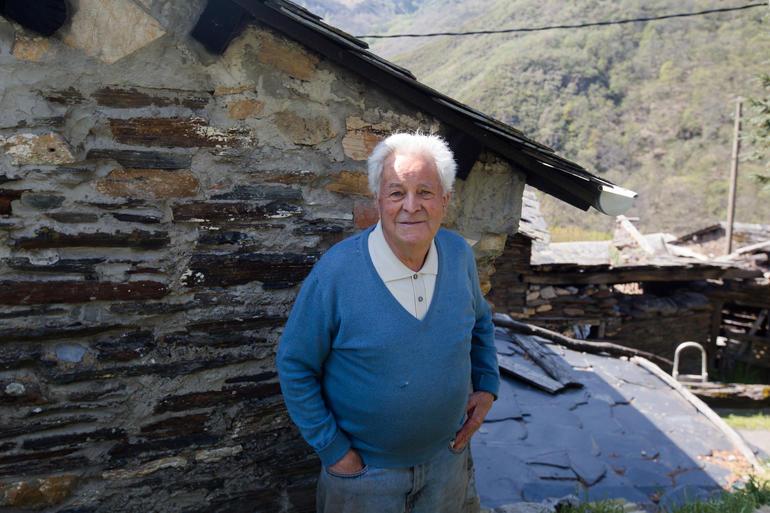 Angel Mateos Vega in Santiago de Peñalba, Tebaida Leonesa, 2018