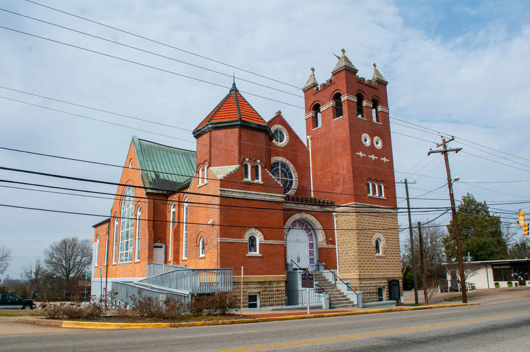 The exterior of First Baptist Church in Montgomery, Alabama. Photo by Billy Brown.
