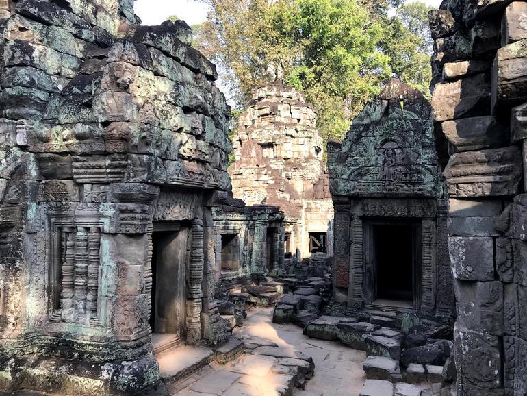 Shiva complex near north entrance of Preah Khan.