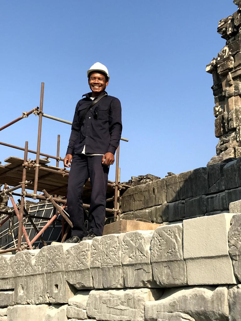 One of Phnom Bakheng's skilled workers.