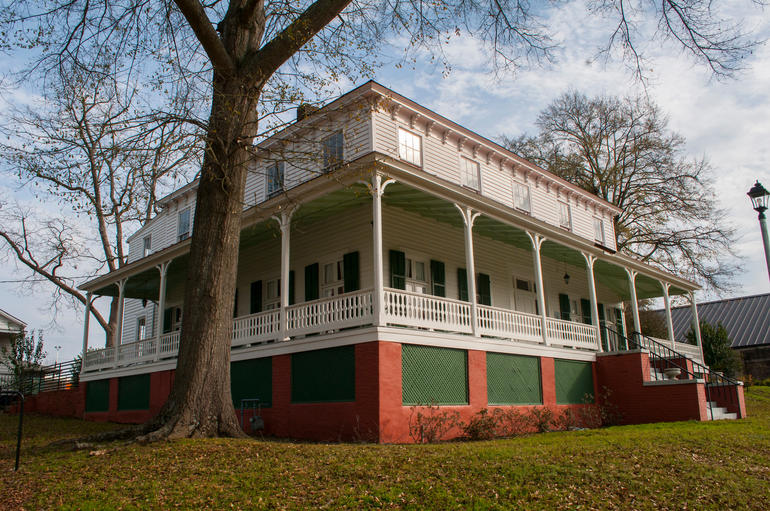 The exterior of the Jackson Community House and Museum in Montgomery, Alabama. Photo by Billy Brown.