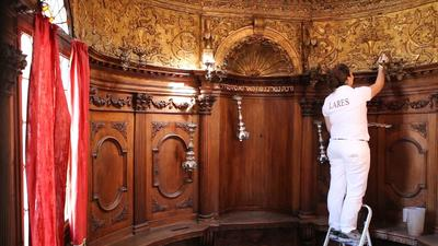 Canton Synagogue: The restoration of the gilded wood decorations