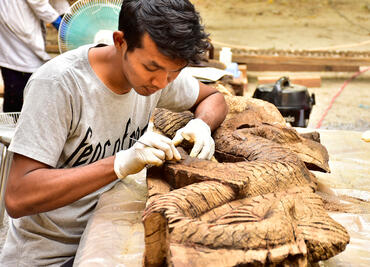 Woodcarvers at Shwe-Nandaw in Myanmar